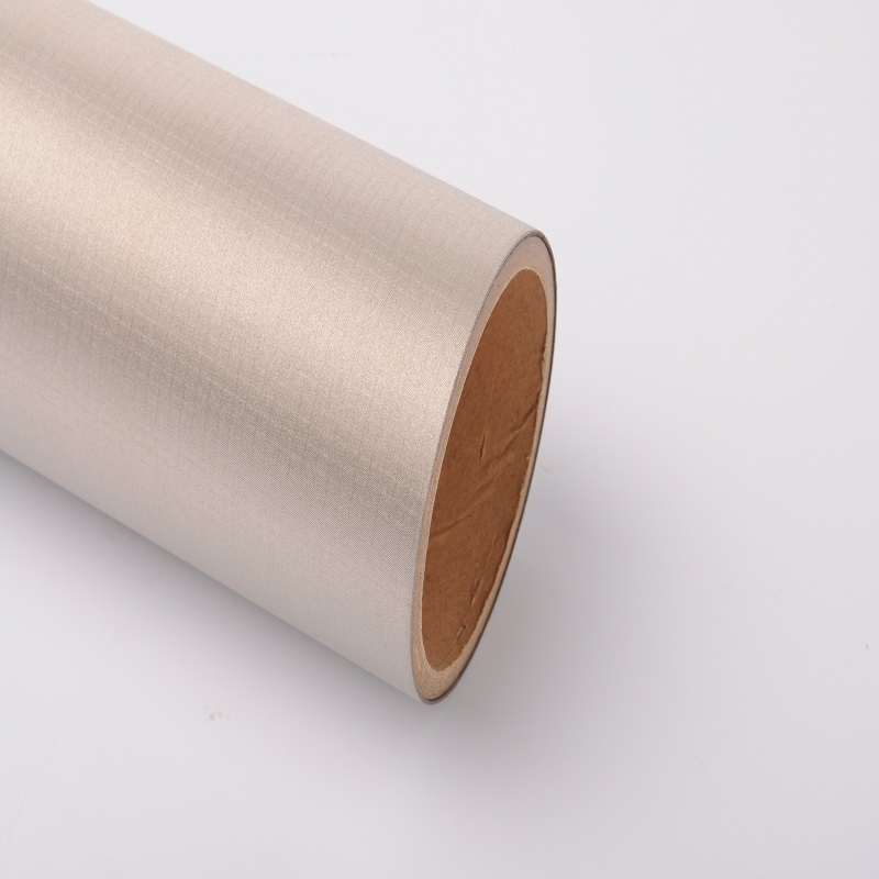 Electromagnetic shielding cloth